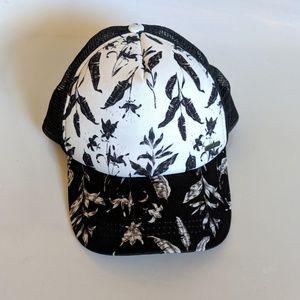 Roxy Black & White Mesh Trucker Hat One Size